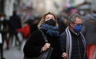 Les masques et les gestes barrières auraient contribué à diminuer beaucoup d'épidémies