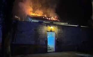 La maison en flammes, à Gigean