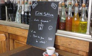 Le «café suspendu», une initiative solidaire pour les démunis.