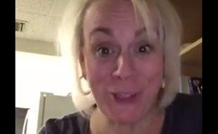 En colère après son fils qui n'a pas téléphoné depuis son départ à la fac, cette mère américaine en colère a lui collé la honte dans une vidéo postée sur Facebook.