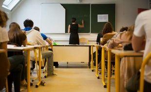Une classe de collège (illustration).