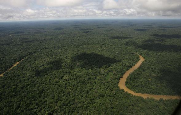 Vue aérienne du parc national Yasuni, en Equateur. – Dolores Ochoa/AP/SIPA