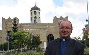 Le père Sabri Anar, curé de la paroisse chaldéenne de Saint Thomas à Sarcelles (Val d'Oise), au lendemain de la manifestation en soutiens aux chrétiens d'Irak.