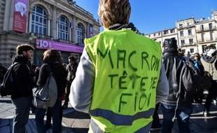 Des «gilets jaunes» manifestent à Montpellier, samedi 9 novembre.