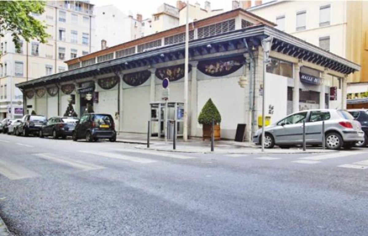 La halle de la Martinière, premier marché couvert construit en 1838, a été peu à peu désertée par les commerces. –  C. Villemain / 20 Minutes