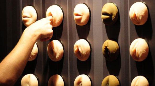 le march du sex toy pour hommes se met en branle. Black Bedroom Furniture Sets. Home Design Ideas
