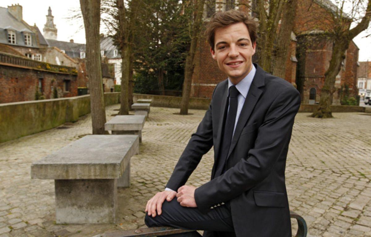 Stéphane Sieczkowski-Samier, élu au 2ème tour des élections municipales à Hesdin dans le Pas-de-Calais, est à 22 ans le plus jeune maire de France. – M.Libert/20 Minutes
