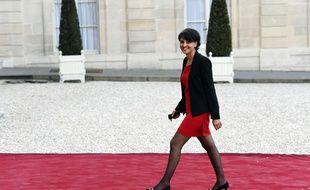 La ministre de l'Education Najat Vallaud-Belkacem devant l'Elysée le 10 avril 2015.