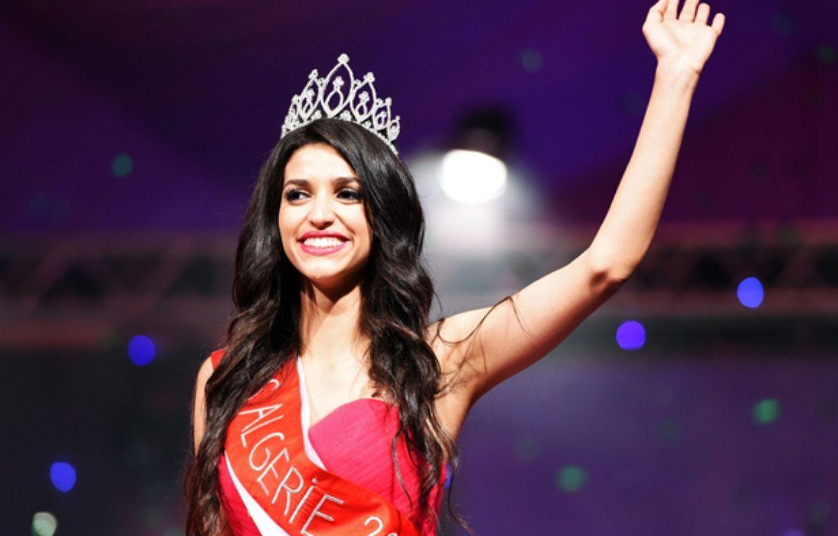 Fatma Zohra Chouib, sacrée Miss Algérie 2014 le 5 septembre 2014. – FAROUK BATICHE / AFP