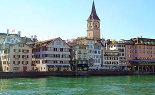 La ville de Zürich fait la chasse aux millionnaires occupant des HLM (illustration).