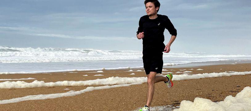 Alexandre Allain, atteint de mucoviscidose, va courir le marathon de Paris.