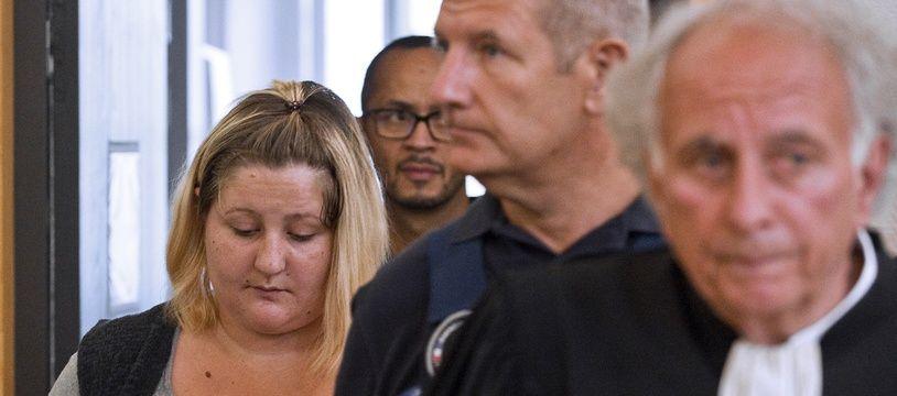 Cécile Bourgeon (à gauche), au procès d'Adel Souissi, le 5 septembre.