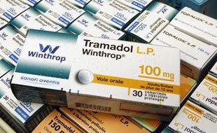 Lille, le 25 janvier 2012. L'antidouleur dérivé de l'opium Tramadol placé sous surveillance.
