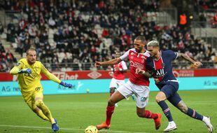 Yunis Abdelhamid face au PSG