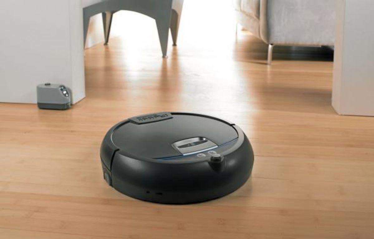 Le robot Scooba 390, le dernier-né de la firme américaine iRobot, lave le sol tout seul. –  Robopolis