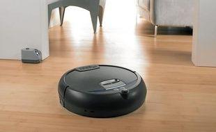 Le robot Scooba 390, le dernier-né de la firme américaine iRobot, lave le sol tout seul.