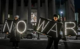 Des manifestants à New York après la frappe américaine contre l'Iran, le 11 janvier 2020.