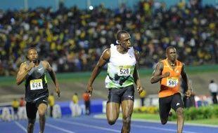 Le Jamaïcain Usain Bolt a lancé sa saison olympique en beauté en avalant son premier 100 m individuel de la saison en seulement 9 sec 82/100, samedi à Kingston lors du Jamaica Invitational.