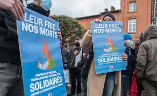 Une manifestation a réuni plusieurs milliers de personnes venues réclamer plus de moyens pour la santé, le 7 novembre 2020 à Toulouse.