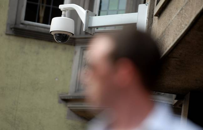Sur la ville de Strasbourg, il y a déjà 180 caméras dédiés au trafic qui pourront être utilisées pour vidéo-verbaliser.