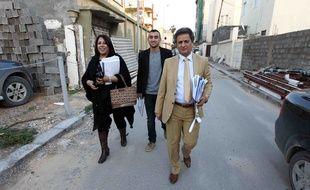 Meftah Bouzid (à droite) à Tripoli (Libye), le 3 décembre 2013. Le rédacteur en chef de Burniq a été assassiné par balles le 26 mai 2014 à Benghazi