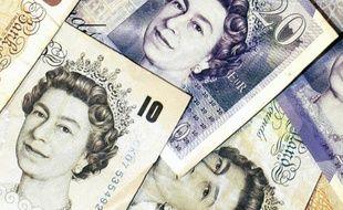 La sortie de la Grande-Bretagne de l'UE pourrait coûter 100 milliards de livres à l'économie britannique