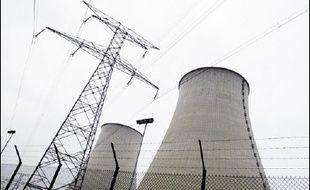 Le Sénat a adopté mercredi soir le projet de loi sur la transparence et la sécurité en matière nucléaire, qui vise à combler un vide juridique concernant les activités utilisant des matériaux fissiles.