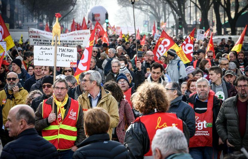 La Commission européenne aurait « ordonné » la réforme des retraites ? Pourquoi c'est erroné