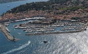 Une vue aérienne de Saint-Tropez.