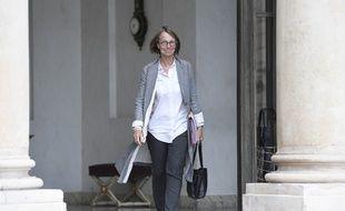 Françoise Nyssen, la nouvelle ministre de la Culture à la sortie du Conseil des ministres à l'Elysée, le 24 mai 2017.