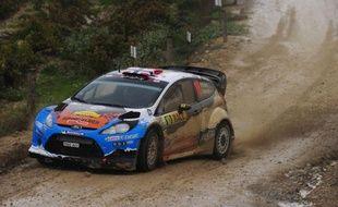 Le Norvégien Mads Ostberg (Ford Fiesta RS) a réalisé un sans faute prenant la tête du Rallye de Catalogne vendredi dès l'ES3 en déjouant les nombreux pièges qui attendaient les concurrents au cours de cette première journée