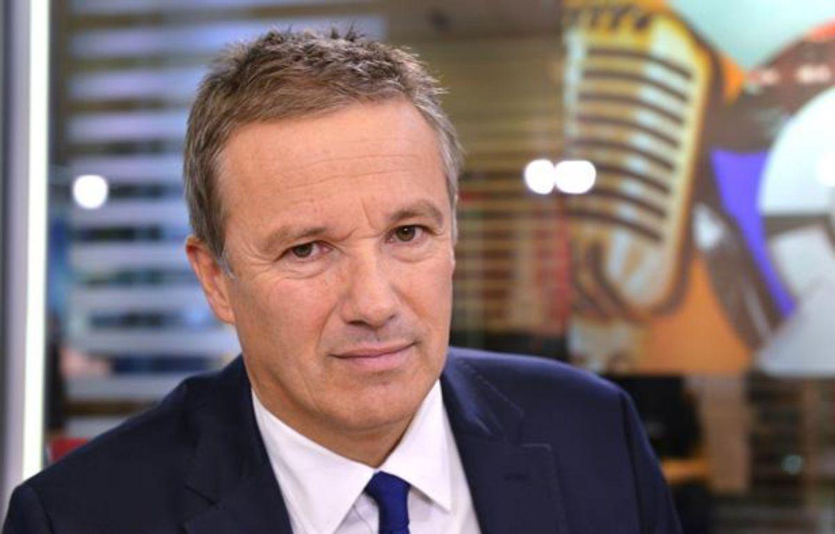 Nicolas Dupont-Aignan, le 18 octobre 2013 à Paris. – IBO/SIPA