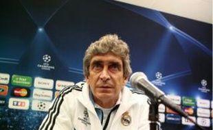 Manuel Pellegrini, entraîneur du Real Madrid, lors d'une conférence de presse, hier.