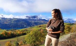 Clérye Figurella, étudiante à Grenoble, a inventé un poulailler connecté..