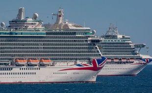 Des navires de la compagnie britannique P&O Cruises, le 17 mai 2020.
