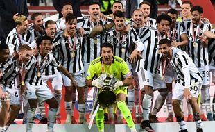 Gigi Buffon a remporté sa sixième Coupe d'Italie, avec la Juventus, le 19 mai 2021.