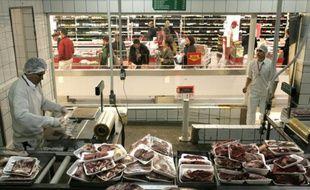 De la viande de porc et de boeuf emballée dans un supermarché de Sao Paulo, le 30 mai 2007 au Brésil