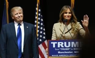 Melania Trump (d) et son époux Donald Trump, candidat à l'investiture républicaine pour la Maison Blanche, le 9 février 2016 à Manchester aux Etats-Unis