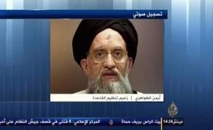 """Le chef d'Al-Qaïda, Ayman al-Zawahiri, a appelé, dans un message audio mis en ligne jeudi, les jihadistes à cesser """"immédiatement"""" leurs combats fratricides en Syrie."""