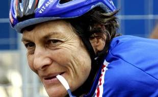 Jeannie Longo en 2004.