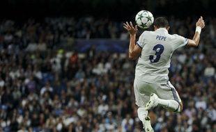 Pepe lors d'un match entre le Real Madrid et le Legia Varsovie en octobre 2016.