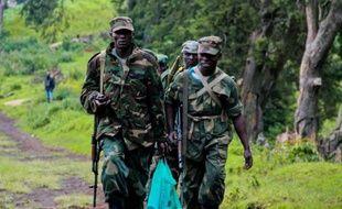 La localité de Bunagana, poste frontalier avec l'Ouganda dans l'est de la RDC, est tombée vendredi aux mains des mutins après d'âpres combats contre l'armée congolaise, au cours desquels un Casque bleu indien a été tué, qui ont poussé près de 600 soldats congolais à se réfugier de l'autre côté de la frontière.