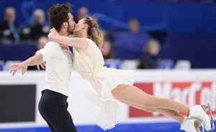Le Couple Papadakis-Cizeron pendant le programme libre des championnats d'Europe de patinage artistique à Stockholm