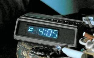 The Clock, une vidéo de 24heures composée de trois mille extraits de films où l'heure  est indiquée.