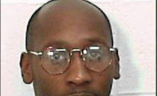 Les ultimes recours sont lancés aux Etats-Unis pour empêcher l'exécution prévue mardi soir de Troy Davis, un Noir condamné pour le meurtre d'un policier blanc alors que la plupart des témoins à charge ont reconnu avoir menti, souvent sous la pression de la police.