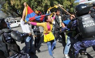 La commémoration de la révolte antichinoise du 10 mars 1959 à Lhassa a souvent été ponctuée de troubles dans les zones tibétaines en Chine, mais cette année, la surveillance des monastères bouddhistes a été renforcée pour éviter tout incident.