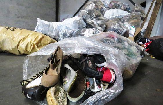 attachez-vous des chaussures de camionnettes