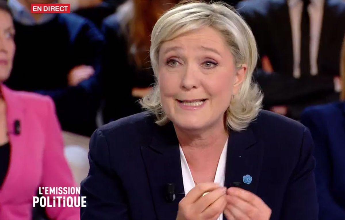 """Marine Le Pen dans """"L'Emission Politique"""" le 9 février 2017 sur France 2. – France 2"""