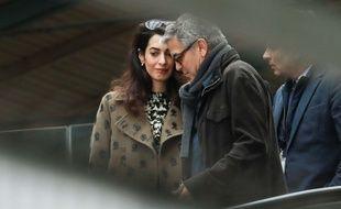George et Amal Clooney choisissent les prénoms de leurs futurs jumeaux
