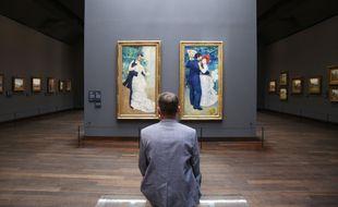(200623) -- Paris, 2020, un visiteur au musée d'Orsay lors du déconfinement